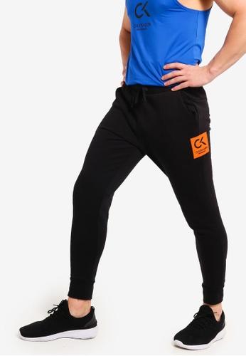 Calvin Klein 黑色 經典棉褲 42F2EAA7558369GS_1