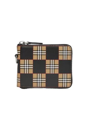 Burberry 褐色 Burberry Chequer Print 拉鏈皮夾(棕色,黑色) 37EF8AC647B7A8GS_1