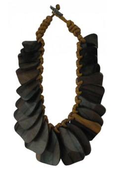 Kwelyo Necklace