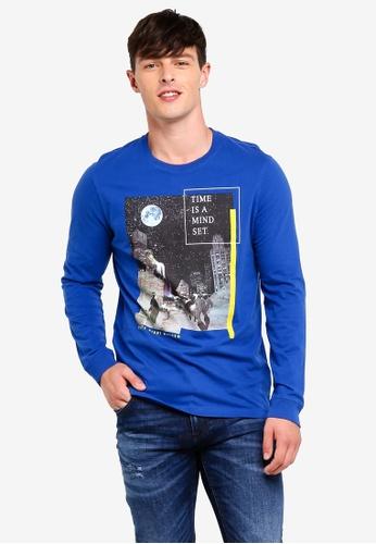 United Colors of Benetton 藍色 銀河系標語圓領長袖T恤 AC4E9AA0D2E58BGS_1