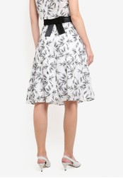 Vesper black and white Rayna Embroidered Full Skirt With Bow VE733AA0S79DMY_1