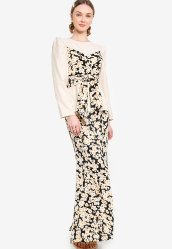 Lubna black and beige Front Tie Puff Sleeve Kurung 1B77FAA1DAD118GS_1