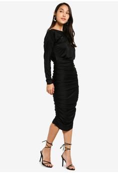 e43712aaf113c5 5% OFF AX Paris Boat Neck Dress With Ruched Detail Rp 919.000 SEKARANG Rp  869.000 Ukuran 8 10 12 14