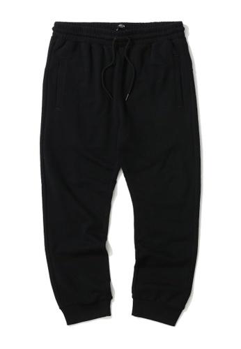 Fivecm black Emblem print sweatpants A8E7AAA45F3183GS_1