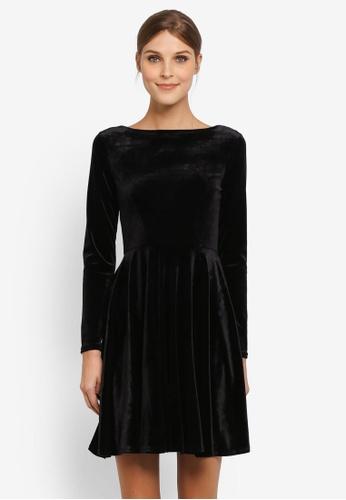 CLOSET black V-Neck Skater Jersey Dress CL919AA0SIKRMY_1