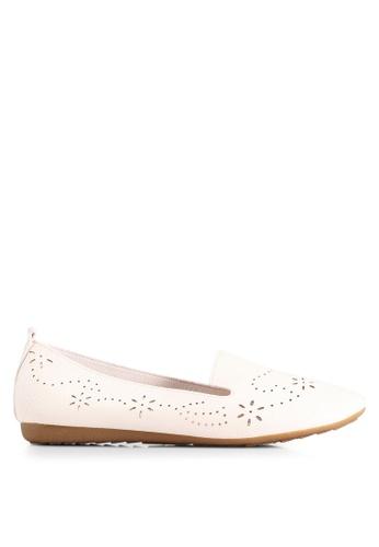BETSY 米褐色 Madelyn 雕紋樂福鞋 8F987SH664F7FFGS_1