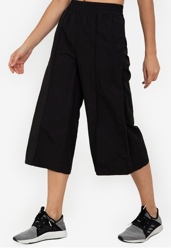 ZALORA ACTIVE black Relaxed Fit Training Culottes 30D21AAAB03DA0GS_1