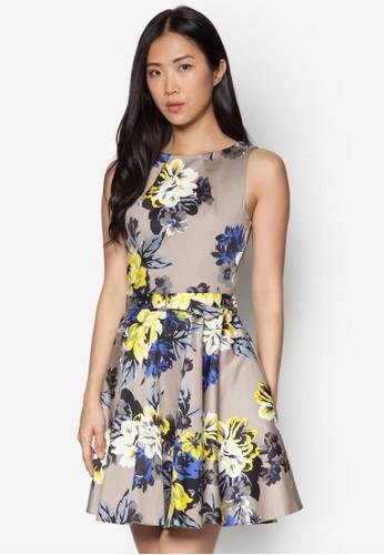 花卉印花傘狀洋裝,esprit hk outlet 服飾, 夏日洋裝