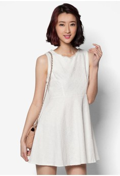 Sleeveless Dress with Pearl Collar