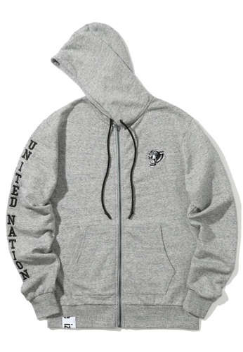 "izzue grey ""UNITED NATION"" Tiger appliqué zip hoodie EF8AEAAA8881BBGS_1"