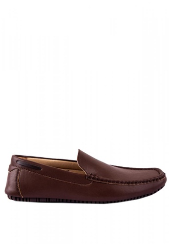 Otto brown Basic Slip-On Loafers 894B0SHBEABD47GS_1