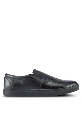 Acuto black Leather Slip Ons AC283SH0SL7KMY_1