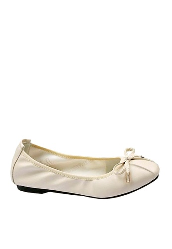Twenty Eight Shoes beige Comfortable Almond Toe Ballerina VF121822 83DF4SH67B9B20GS_1