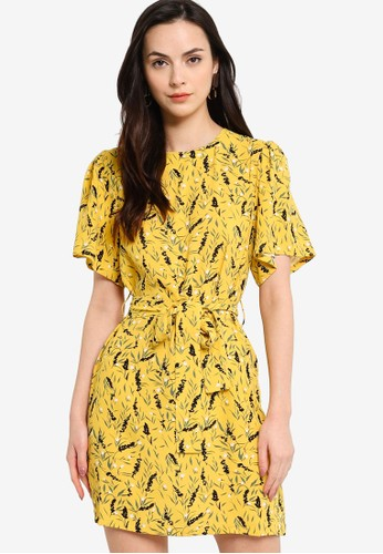 ZALORA WORK yellow Flare Sleeves Dress With Self Tie 7E7A3AA1813535GS_1