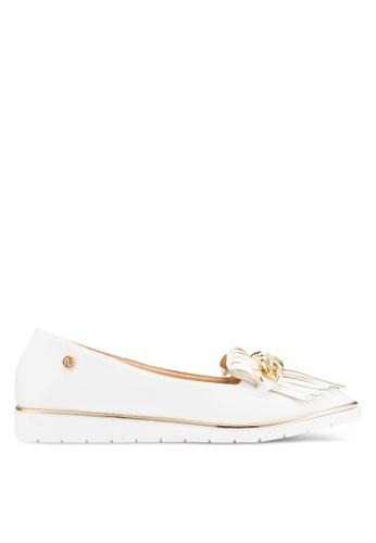 Carlton London 白色 鏈條樂福鞋 AE97ASHB8B7E32GS_1