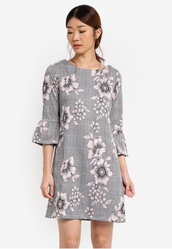 Dorothy Perkins grey and pink Petite Floral And Check Shift Dress DO816AA0T05IMY_1