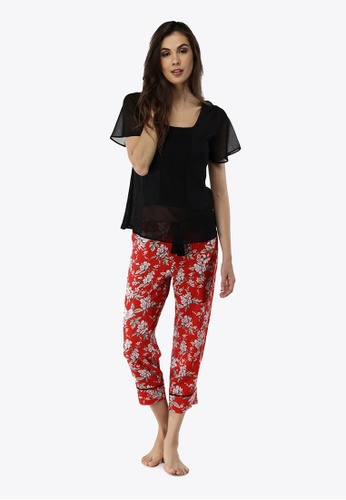 Deshabille black and red Blossom Cropped Pants & Tee Set C83BCAA316EF32GS_1