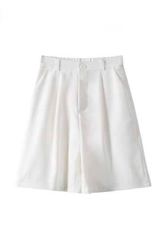 Twenty Eight Shoes white VANSA Solid Color Wide-leg Suit Shorts   VCW-St6683 34B44AA14E27B0GS_1