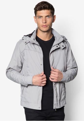 輕esprit 台北型連帽風衣外套, 服飾, 外套
