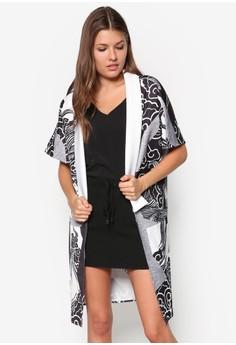 Graphic Print Kimono