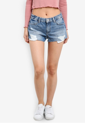 TOPSHOP blue MOTO CORY Low Rise Denim Shorts TO412AA0SHHPMY_1