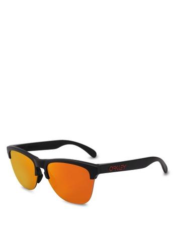 Oakley black Oakley OO9374 Sunglasses E5092GL7DB6065GS_1