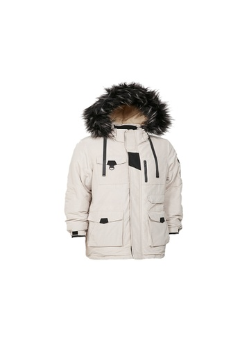 Universal Traveller beige Universal Traveller Outdoor Padded Jacket With Oversized Faux Fur Hood - PJ 9033 91233AA64ABE01GS_1
