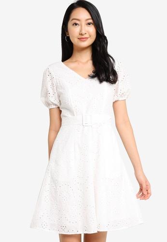 ZALORA BASICS 白色 Puff Sleeves Eyelet Dress C2692AAB3FA365GS_1