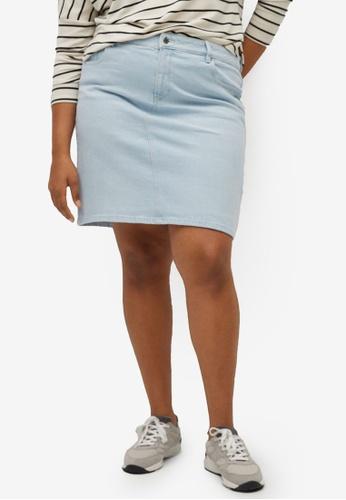 Violeta by MANGO blue Plus Size Short Denim Skirt 625E8AA9132EF2GS_1