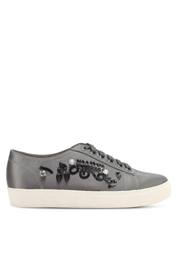 Something Borrowed 銀色 Embellished Sneakers D9266SH35B44E7GS_1