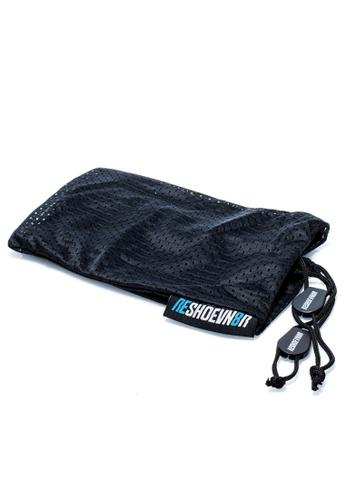 RESHOEVN8R black Reshoevn8r Sneaker Laundry Bags RE784SH0K30PPH_1