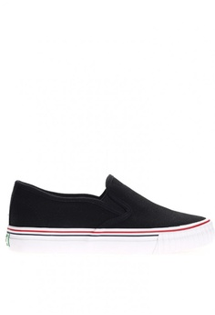 New York Sneakers Available at ZALORA Philippines bd451e8ee22