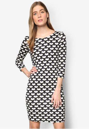 扇形印花七分zalora是哪裡的牌子袖連身裙, 服飾, 洋裝