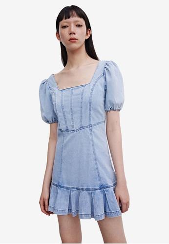 Urban Revivo blue Denim Dress BFA76AA9C56590GS_1