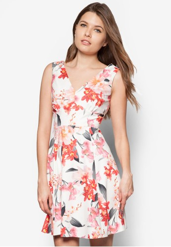 Pzalora開箱etite 水彩花卉連身裙, 服飾, 服飾