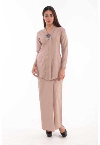 Baju Kebaya Rokiah from Amar Amran in Brown