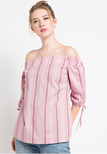 GRAPHIS pink Off Shoulder Blouse GR530AA31YUAID_1
