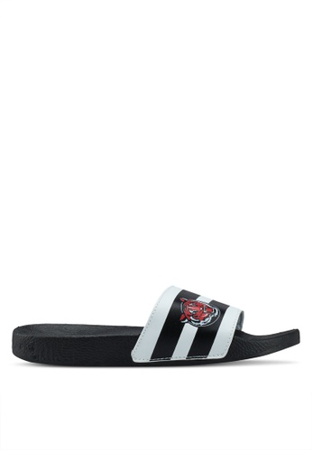 Brave Soul black Tigerstripe Sliders with Stripe Print D4943SHA5375BCGS_1