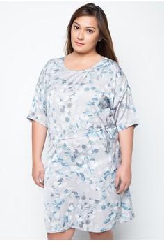 Plus size Dina Floral Dress