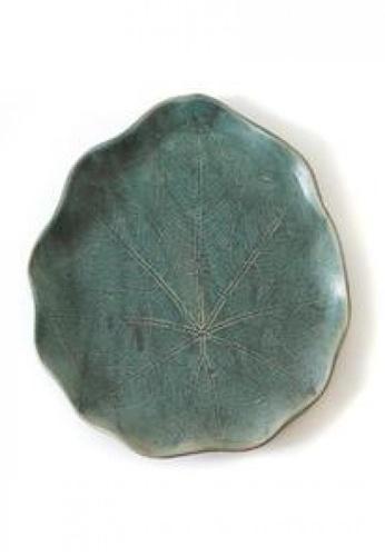 Living DNA Seafoam Leaf Platter E42BDHL1B0E690GS_1