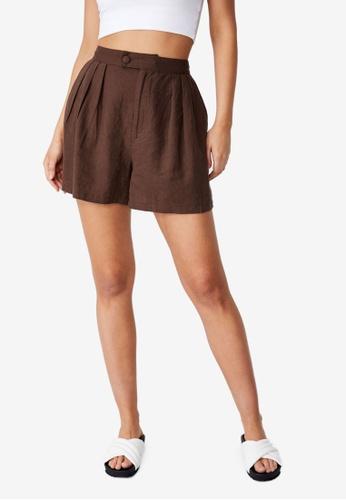 Cotton On brown Sunset Pleats Shorts 25CD8AA71EFD5CGS_1
