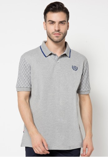 Fashion Polo Shirt With Quilted Sleeves