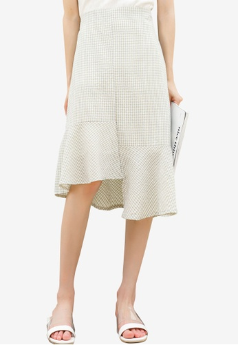 Shopsfashion beige Checkered Asymmetrical Midi Skirt B08FEAA9B3D11CGS_1
