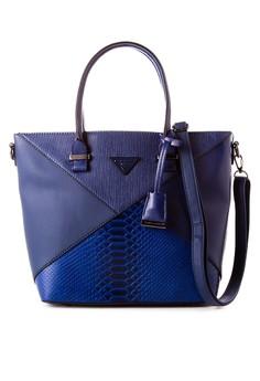 Shoulder Bag D3464