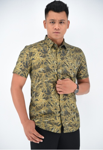 UA BOUTIQUE black Short Sleeve Shirt Batik UASSB47-011 (Black) 22561AA68C3502GS_1