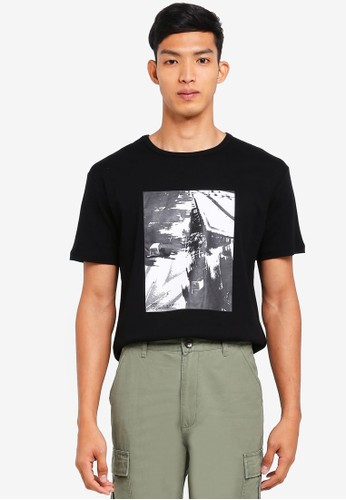SPARROW GREEN black Patrice Photo Print Tee 42CDFAAF3518EDGS_1