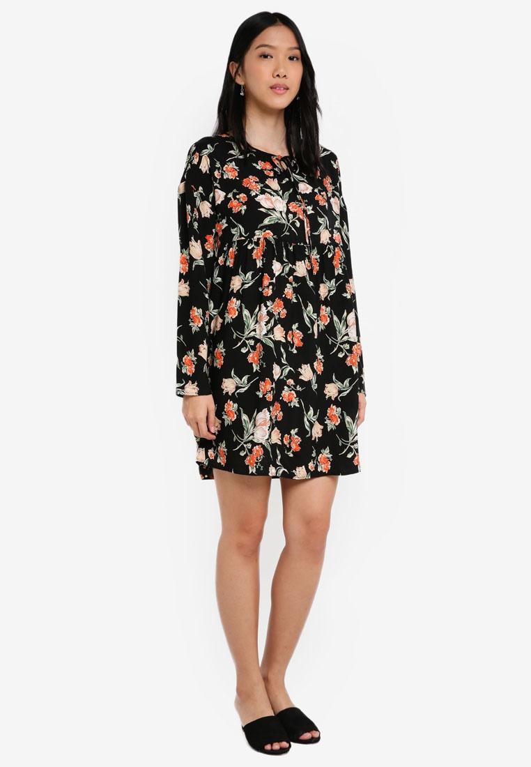 Dress Floral Base Velvet with Babydoll Print Tie Black ZALORA d04yqf