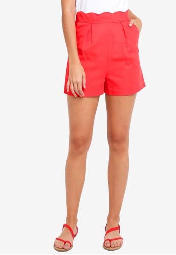 TOPSHOP red Scallop Shorts 0DE59AA765B3B8GS_1