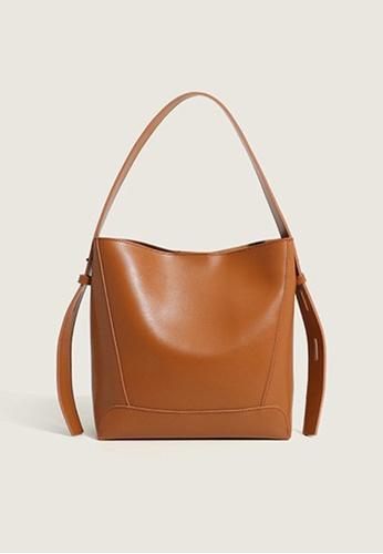 Lara brown Women's Minimalist Plain Leather Shoulder Bag - Light Brown FDBDAAC7FA3755GS_1