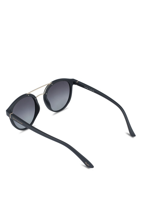 bf07ecbfce0 Buy Men SUNGLASSES Online   ZALORA Hong Kong